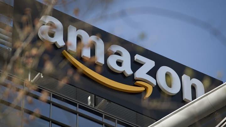 Premium: Amazon logo 170619