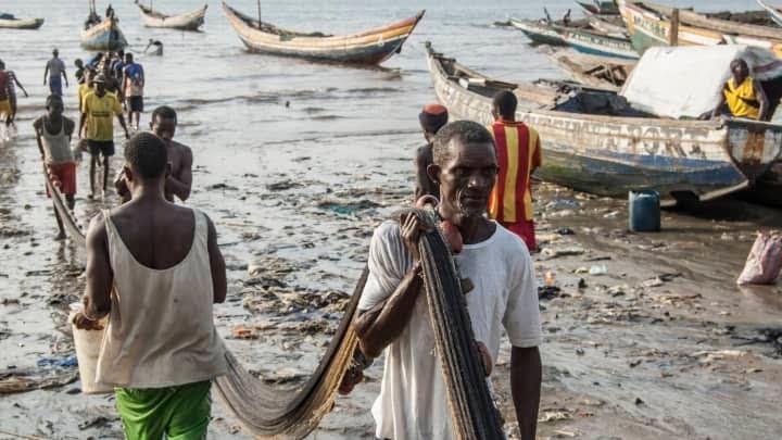 GP 210519 Sierra Leone Freetown fishermen